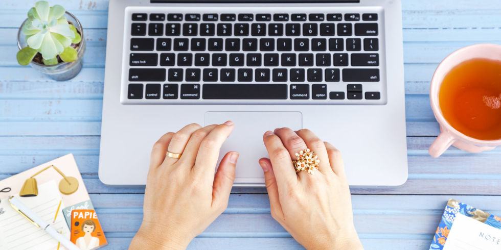 Website for writing essays
